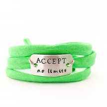 Accept no limits armband
