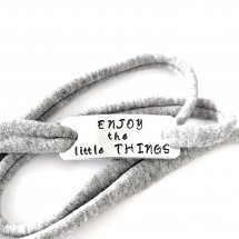 Enjoy the little things armband