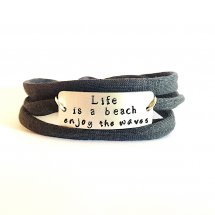 Life is a beach enjoy the waves armband