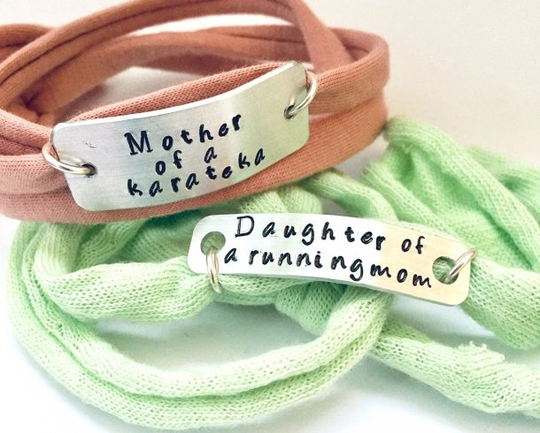 Bestel de Mother of, father of, sister, hubby armband